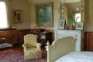 Paris Update Giverny Monet bedroom before