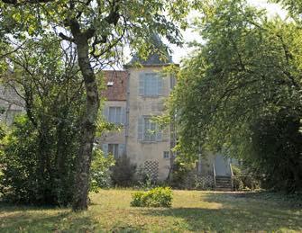 ParisUpdate-maison renoir vue du jardin photo