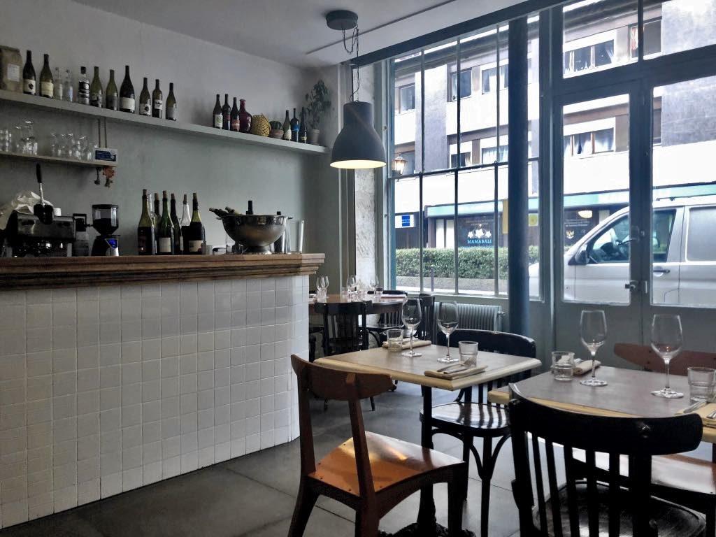 Massale restaurant, Paris