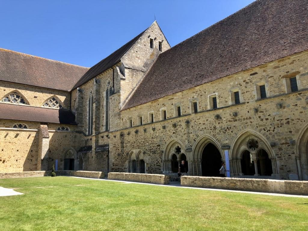 The Abbaye Royale de l'Épau, located on the edge of Le Mans.