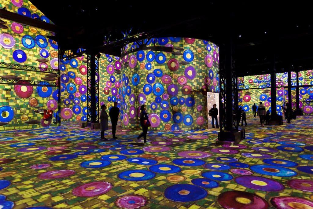 """""""Gustav Klimt"""" - Atelier des Lumières, Paris © Culturespaces / E. Spiller"""