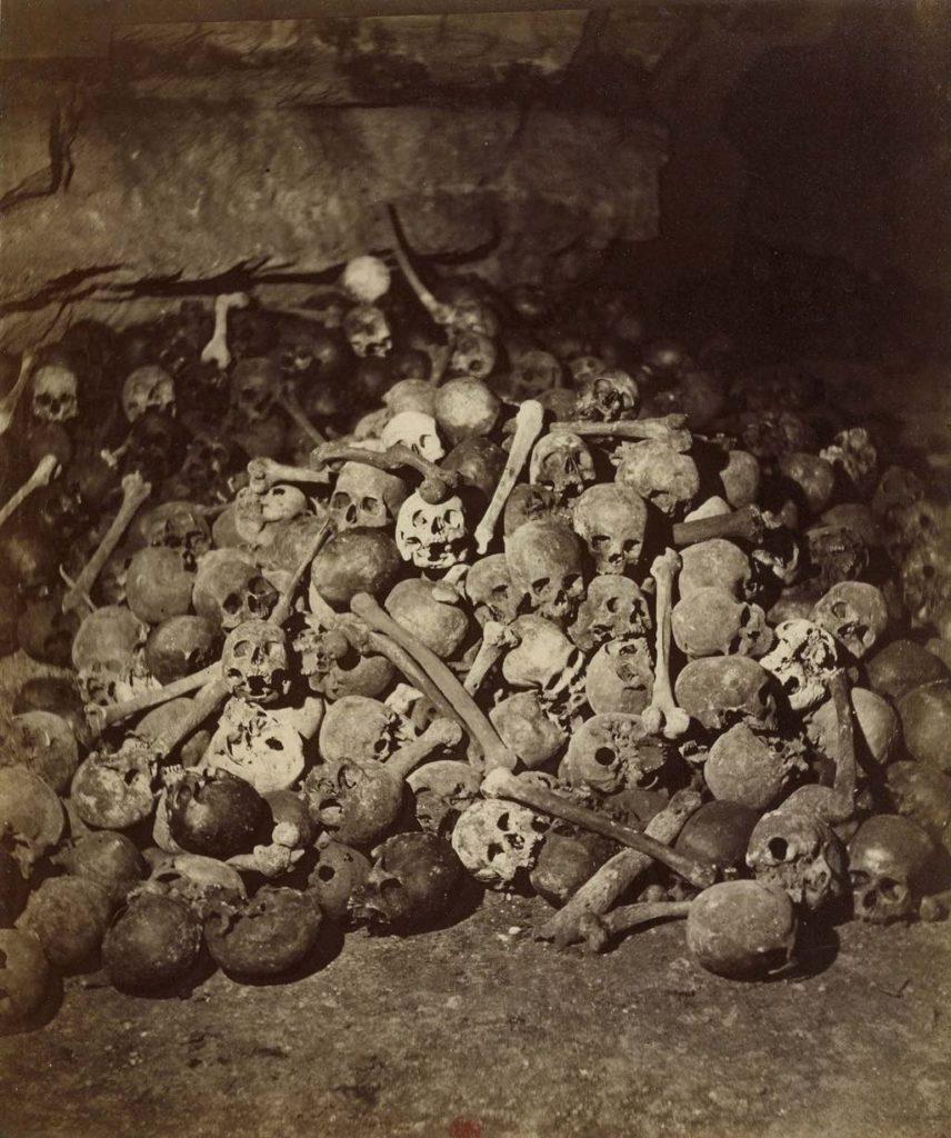 """""""Catacombs, Crypt no. 9"""" (1862), by Félix Nadar. BnF, Département des Estampes et de la Photographie"""