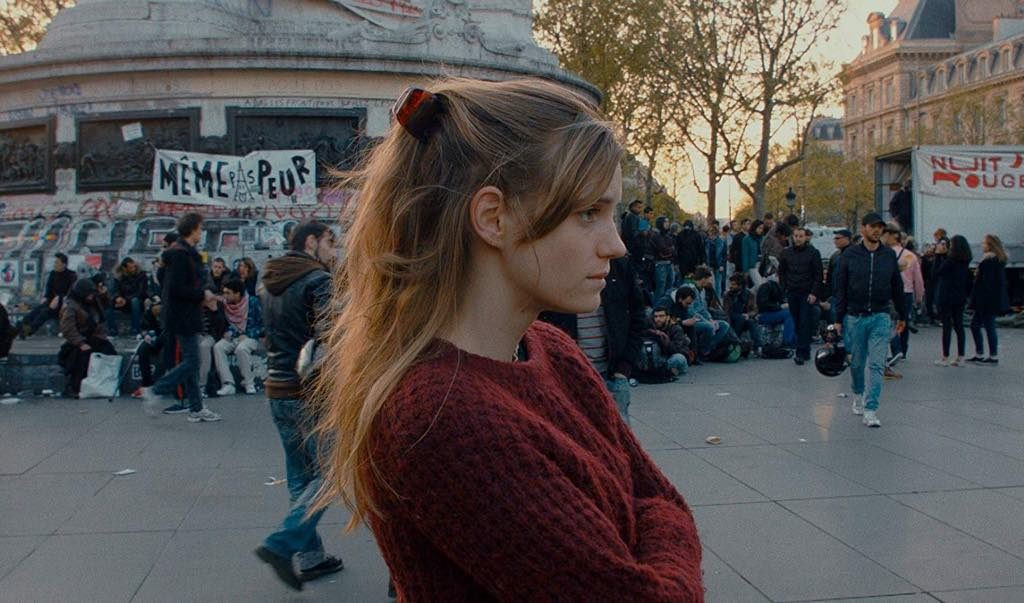 Noémie Schmidt as Anna in Paris Est à Nous.