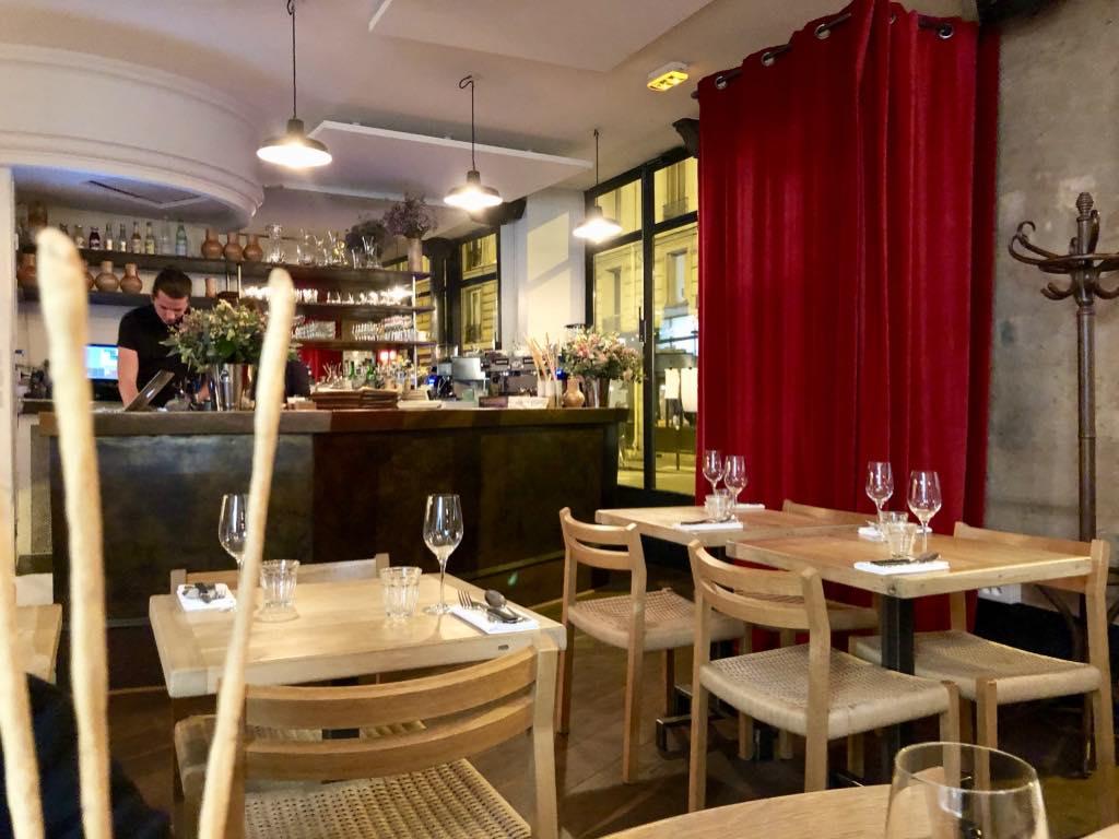 Robert Restaurant