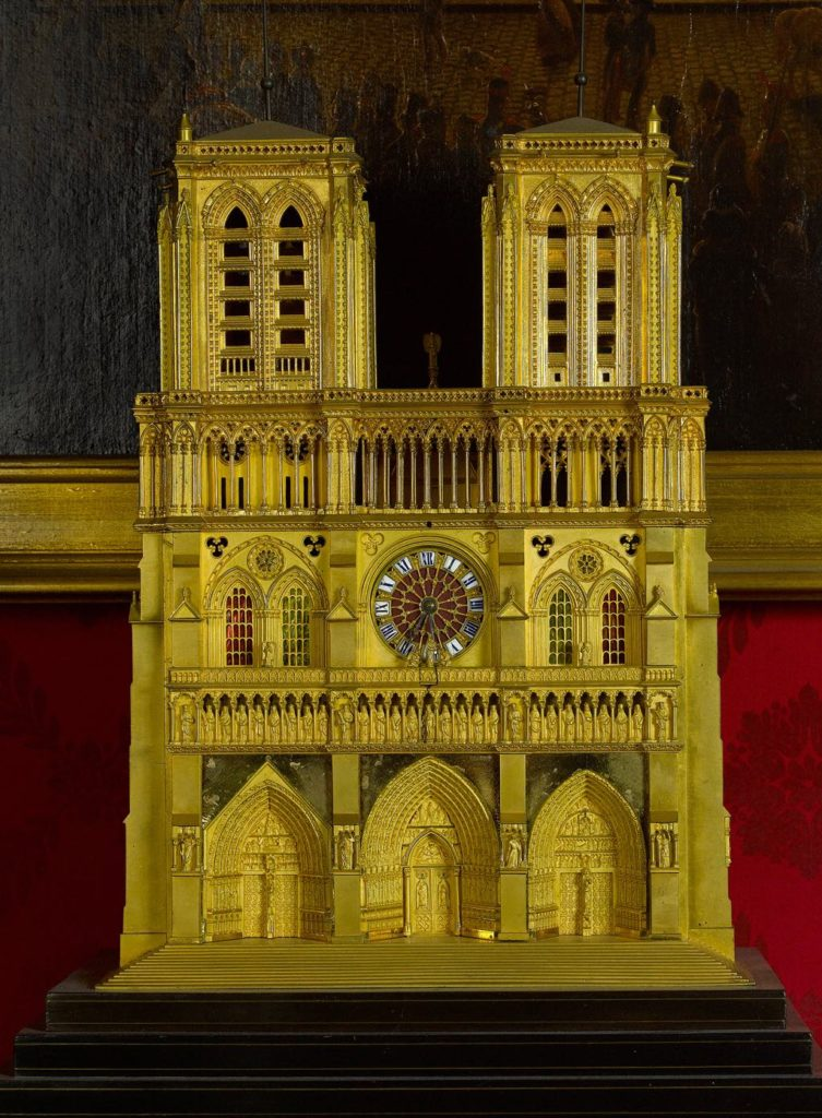Notre Dame clock (1835-45). Photo Musée Carnavalet/Roger-Viollet