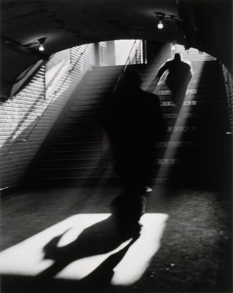 """""""Sortie de Métro, Paris"""" (1955), by Sabine Weiss.© Sabine Weiss"""