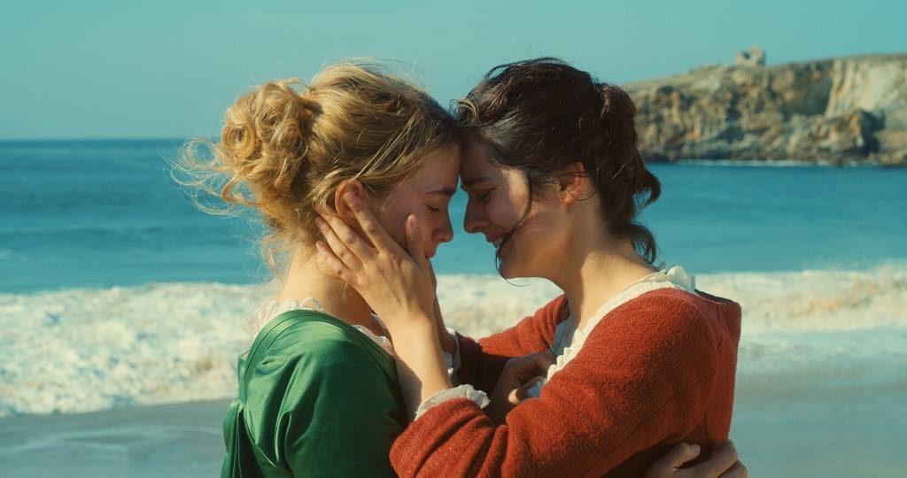 Héloïse (Adèle Haenel) and Marianne (Noémie Merlant) in Portrait de la Jeune Fille en Feu, directed by Céline Sciamma. © Pyramide Distribution