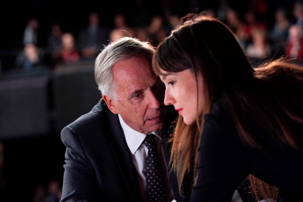 Fabrice Lucchini as the mayor and Anaïs Demoustier as Alice.