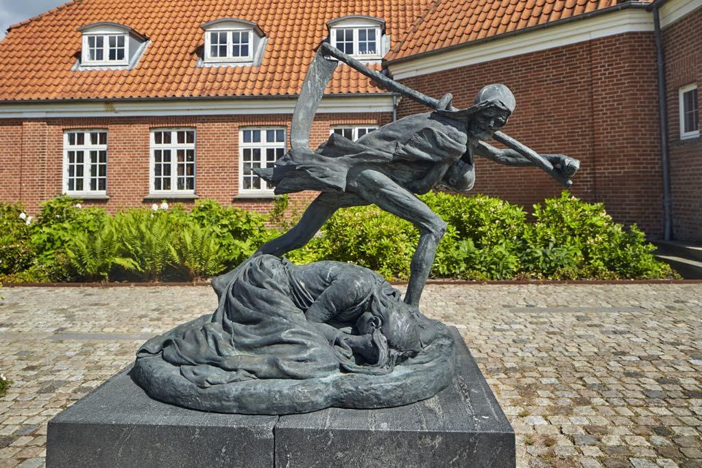 """The Story of a Mother"" (1892), by Niels Hansen Jacobsen. Vejen, Vejen Kunstmuseum, Denmark. Photo © Pernille Klemp"