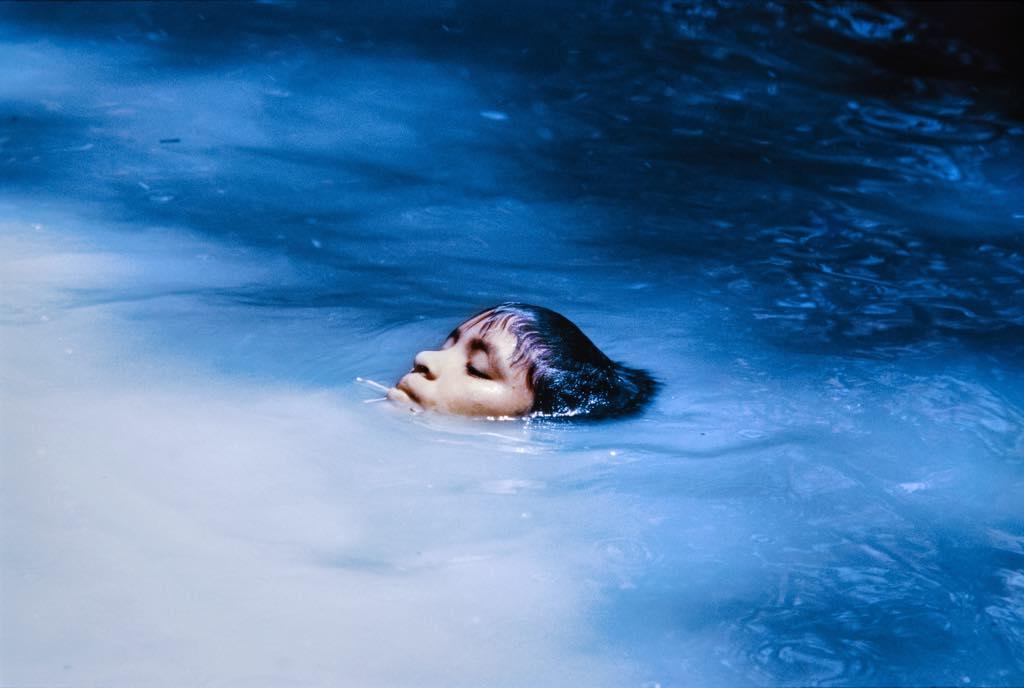 """Susi Korihana Thëri Bathing"""" (1972-74), by Claudia Andujar. © Claudia Andujar"""