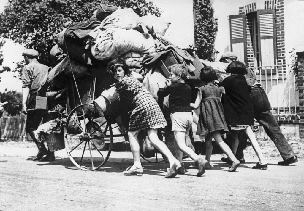 The exodus, May-June 1940. © LAPI/Roger-Viollet