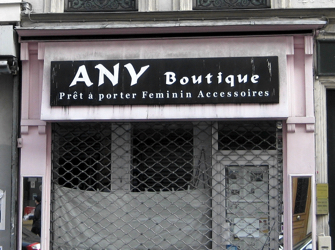 Weird English Shop Signs, Part 17: All-Parisian Edition
