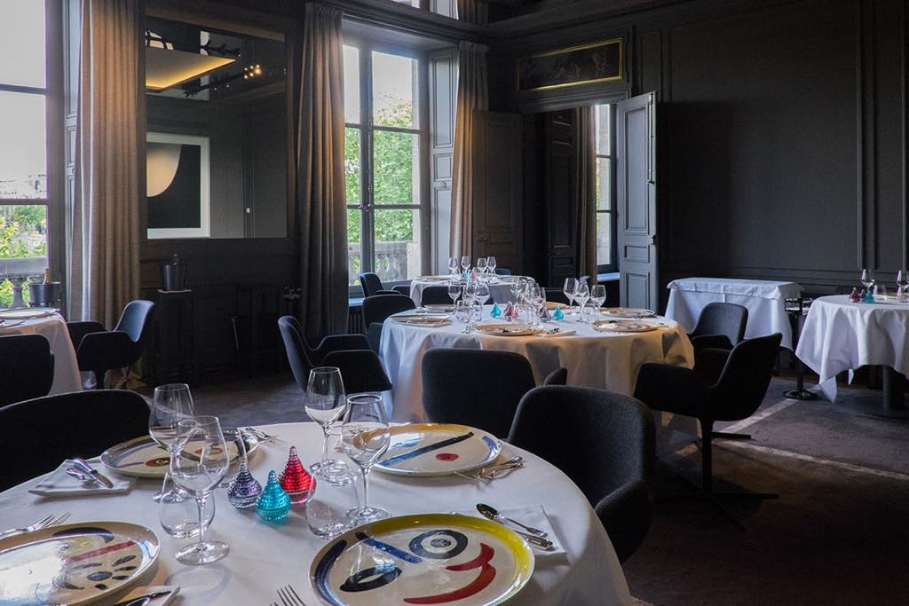 The Vert Galant dining room in the Restaurant Guy Savoy in the Monnaie de Paris.