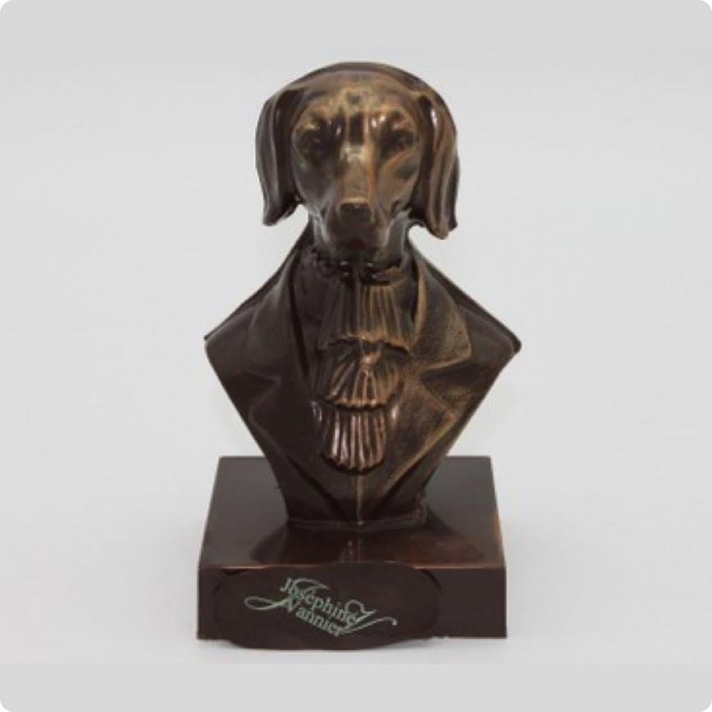 """Le Buste Chien,"" by chocolatier Joséphine Vannier."