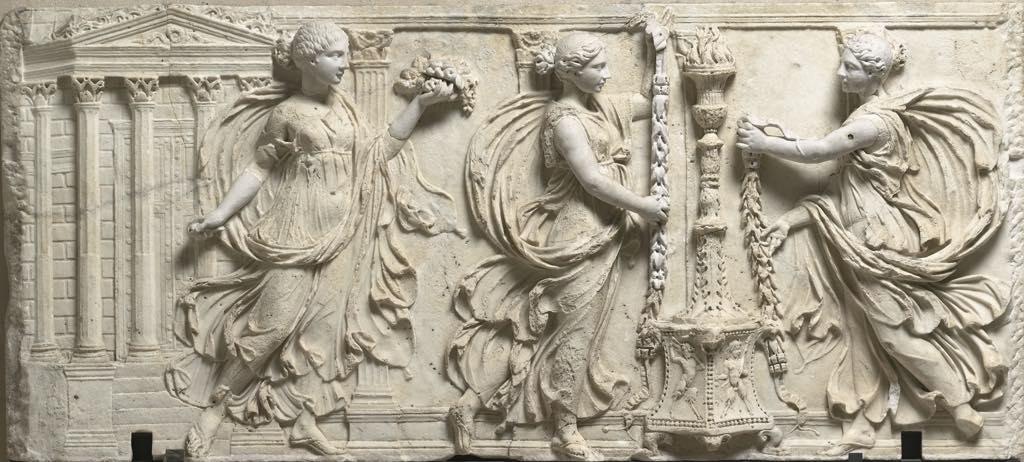 """Roman relief known as """"Les Sacrifiantes Borghèse"""" (c. 130). © Musée du Louvre, dist. RMN-Grand Palais/Hervé Lewandowski."""