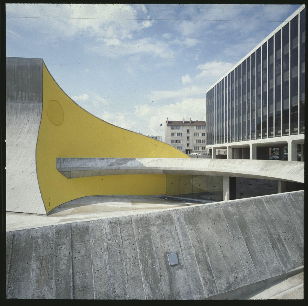 Oscar Niemeyer in France