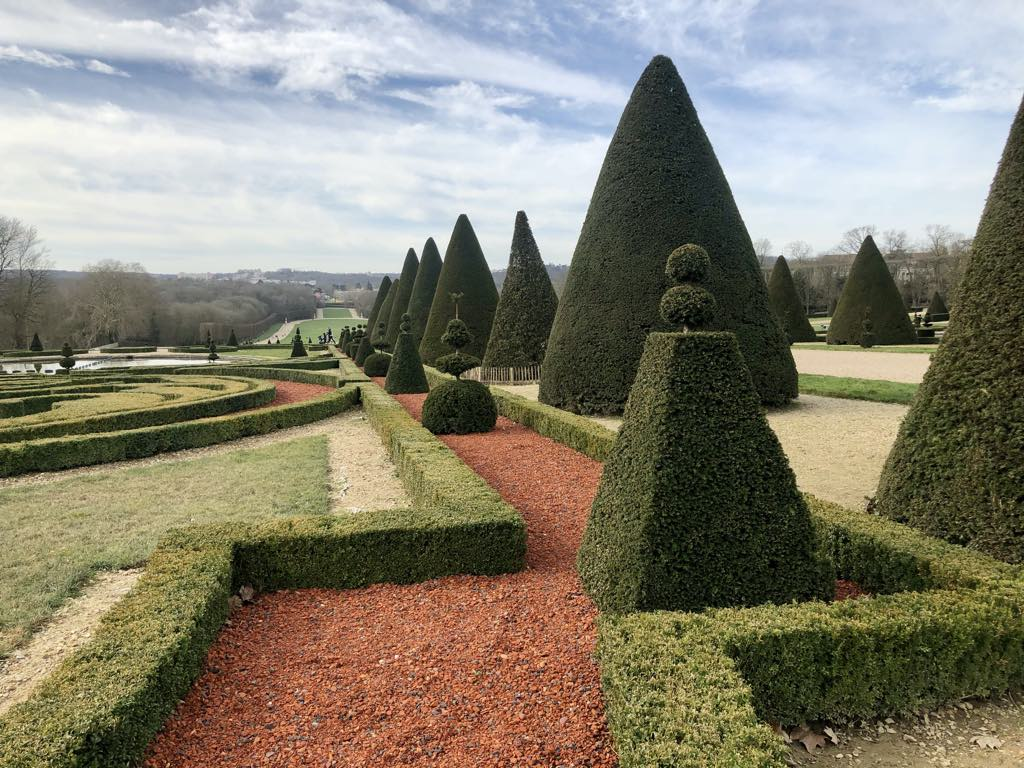 Topiary garden in the Parc de Sceaux. © Paris Update