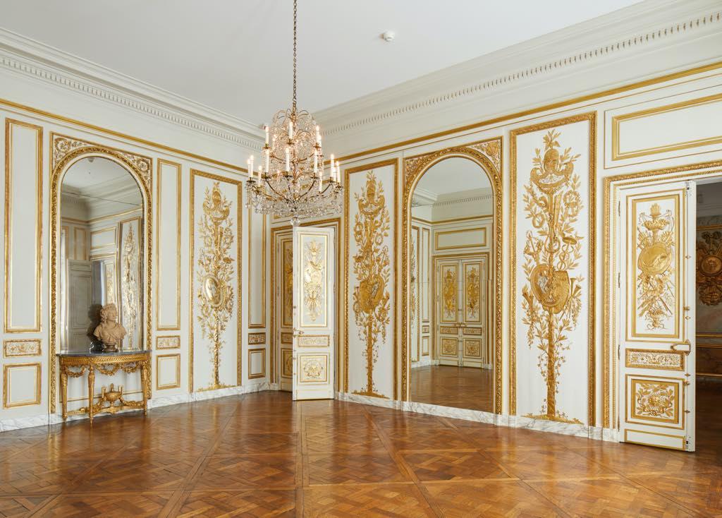 The Salon de Compagnie from the Hôtel d'Uzès. © Antoine Mercusot