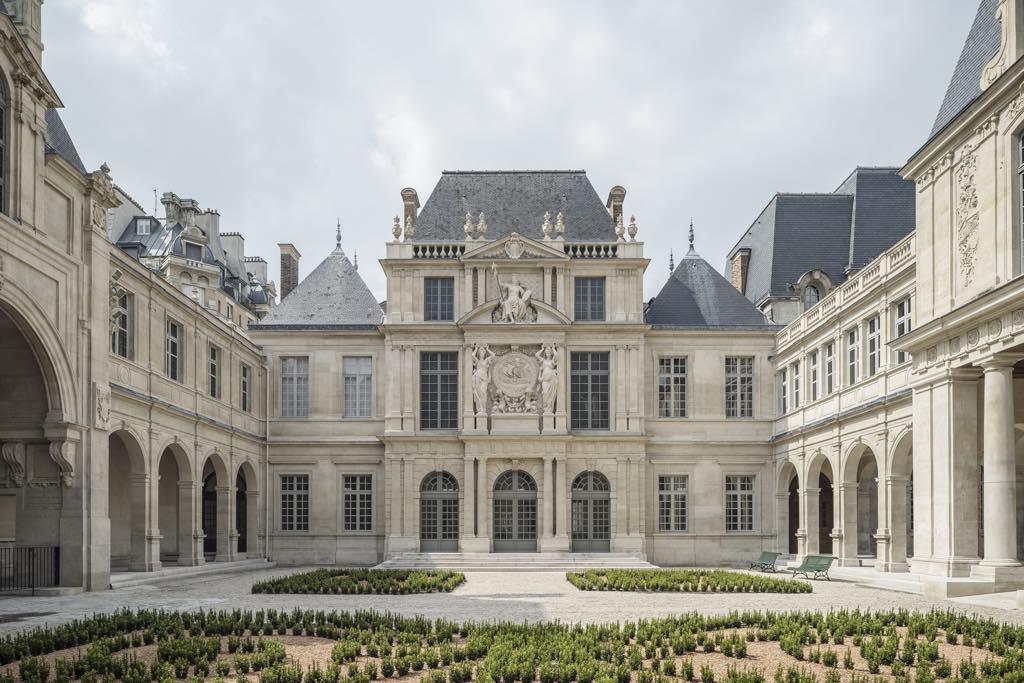 The Cour des Drapiers at the newly renovated Musée Carnavalet–Histoire de Paris. © Cyrille Weiner