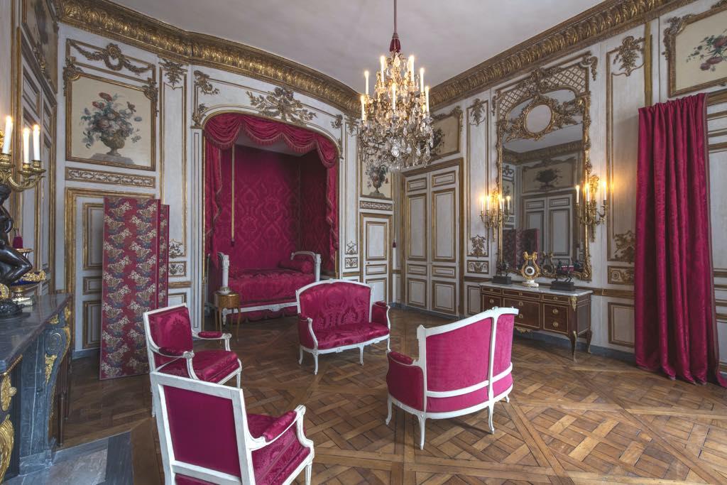 The Intendant Pierre de Fontanieux's bedroom. © Didier Plowy/Centre des Monuments Nationaux
